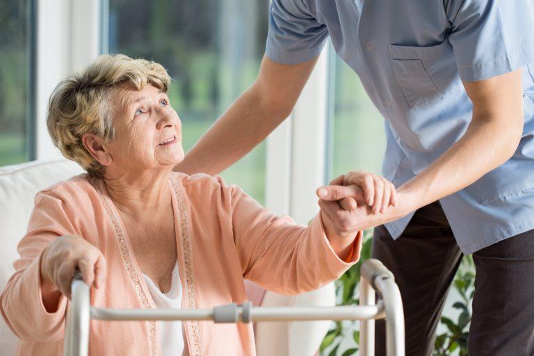 Certain memory complaints predict future dementia