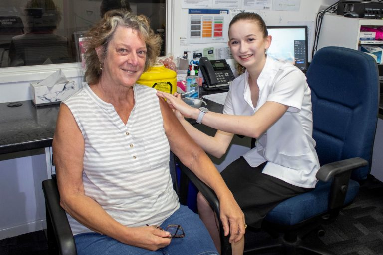 Qld community pharmacies deliver 50K+ Covid vaccinations